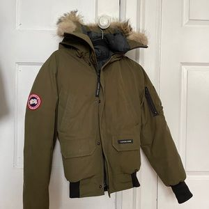 Canada Goose Bomber Jacket in Military Green